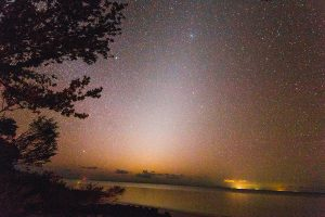 Zodiacal-&-the-Only-Light-Polution