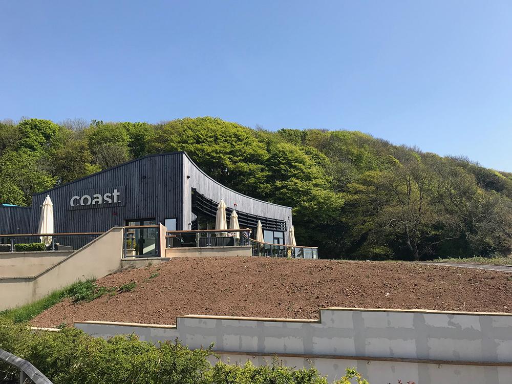 Coast-Restaurant